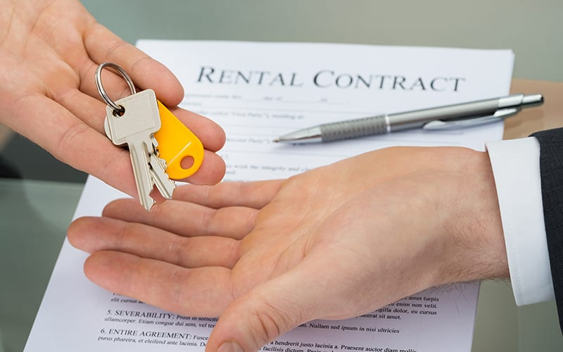 Keys and Rental Contract